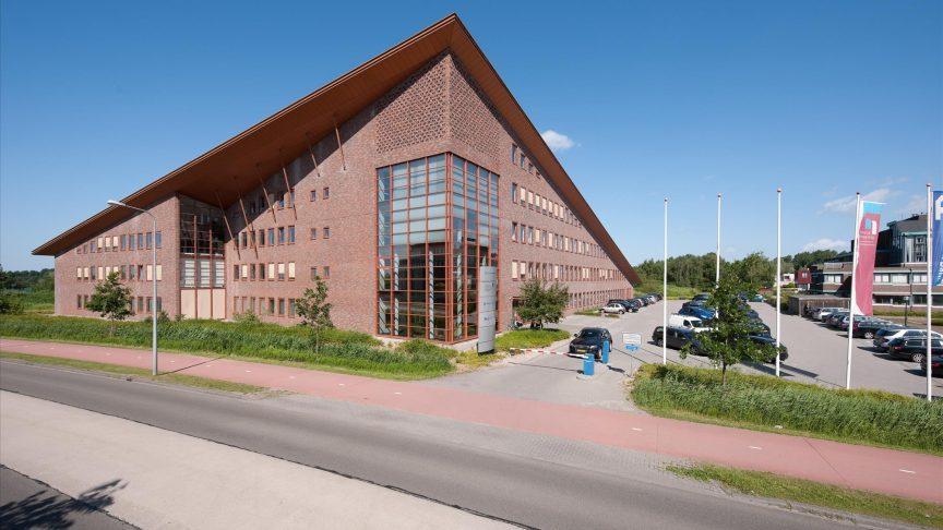 9564_FOTO-001-Paterswoldseweg-811-819-Groningen-864x486